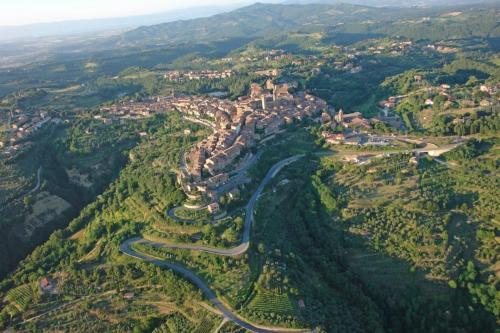 Città della Pieve: Circa 6 km da Pian della Bandina