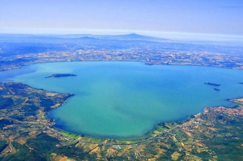 Lago di Trasimeno: Etwa 30 km von Pian della Bandina