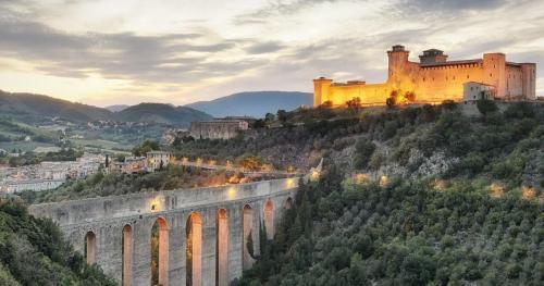 Spoleto: About 105 km from Pian della Bandina